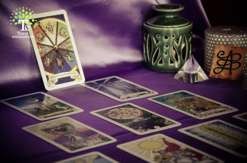Robin-Wood-Tarot-Cards-choose-the-the-right-tarot-deck